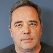 Portrait of Dr Stephen Lee