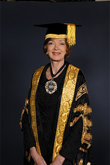 Alderman Fiona Woolf full portrait