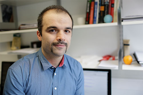 Lecturer in Fluid Simulation Dr Omid Yeganeh