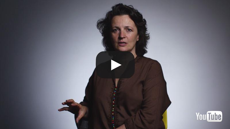 Dr Liza Schuster. International Politics and Human Rights