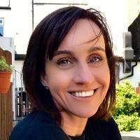 portrait of Dr Louise Williams
