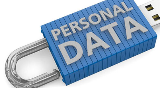 A USB lock reading Personal Data