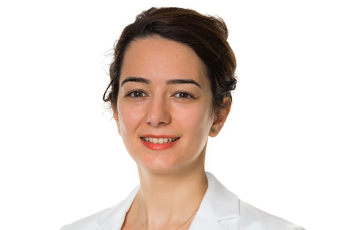 Esra Baykal photo, global women's leadership scholar