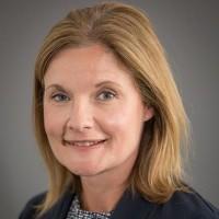 portrait of Dr Lucy Floyd