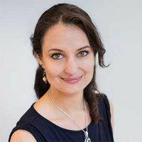 Photo of Dr Lara Zibarras