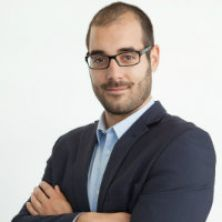 Portrait of Dr Jonathan Luffarelli