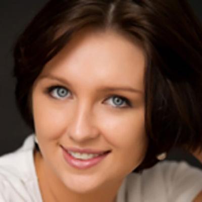 Headshot of Marina Buraga