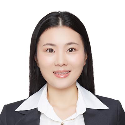 Cindy Xue is an alumni ambassador