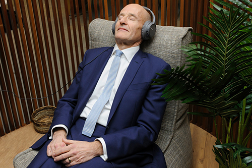 Professor Sir Paul Curran using Inhere meditation pod