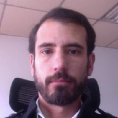 Marco Vidales is an alumni ambassador