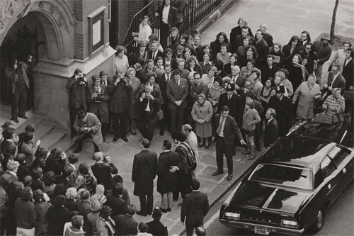 Arrival of the Apollo 15 astronauts at College Building