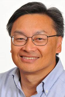 Tom-Chen-portrait