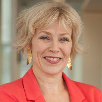 Jo Silvester is Professor of Psychology at City University London
