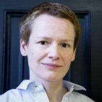 portrait of Dr Claudia Molitor