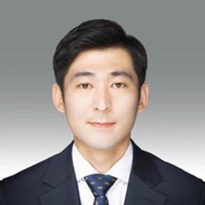 Hongbeom Park is an alumni ambassador