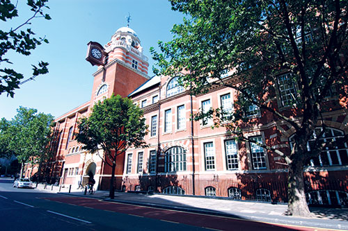 how to get to city university london