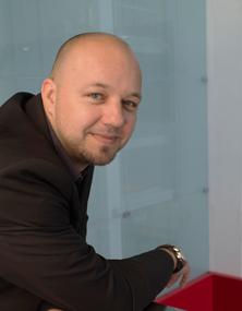 Dr Soren Petter