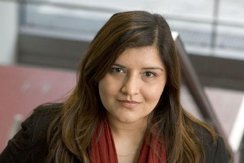 Tia Khan