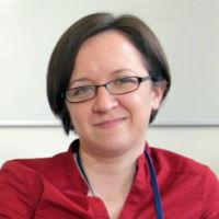 portrait of Dr Abi Roper