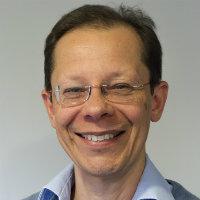 portrait of Dr David Haynes