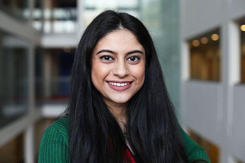 Farina Nazimi