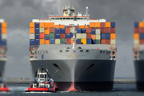 https://www.city.ac.uk/__data/assets/image/0014/331070/Jason-Chuah-and-the-Hanjin-shipping-crisis-container-ship.jpg