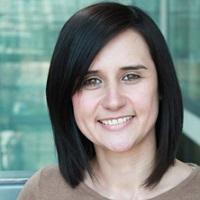 portrait of Dr Lauren Knott