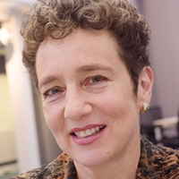 Professor Suzanne Franks
