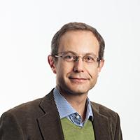 portrait of Dr Alessandro De Martino