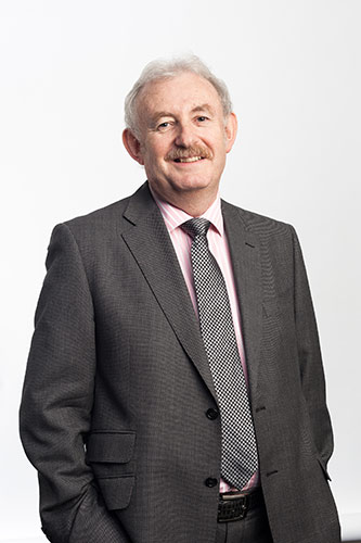 Kenneth Grattan main