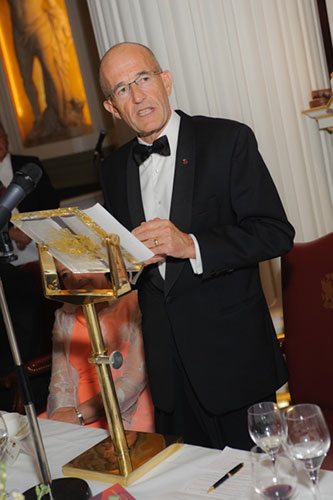 Vice-Chancellor, Professor Paul Curran giving speech at Chancellor's Dinner