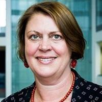portrait of Dr Jacqueline Davies
