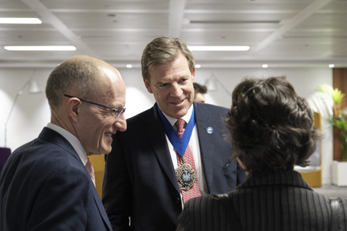 Sir Paul Curran talking with Lord Mayor William Russell and Council Chair Julia Palca