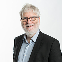 portrait of Professor Robin Bloomfield