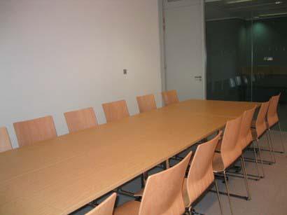 14 seat seminar room