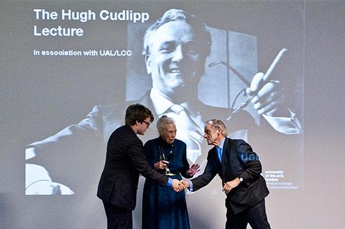 City student wins prestigious journalism award